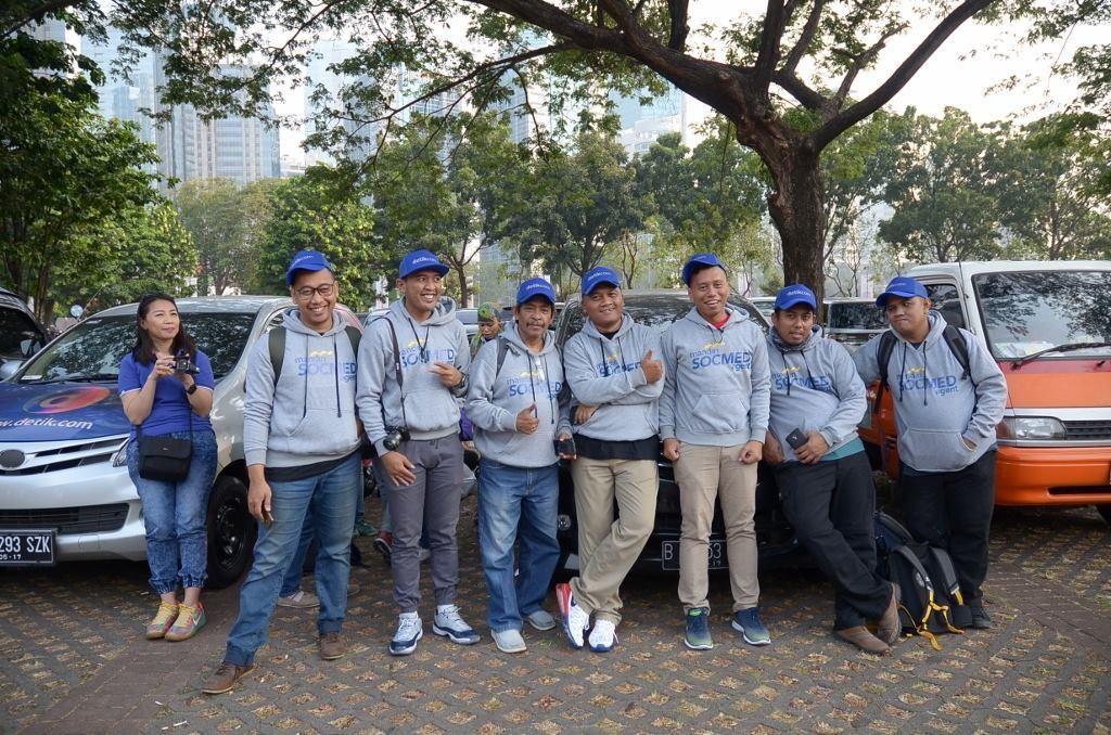 Para Social Media Agent di acara Mandiri Karnaval 2015 di Parkir Timur Senayan Jakarta (foto dok Detikcom)