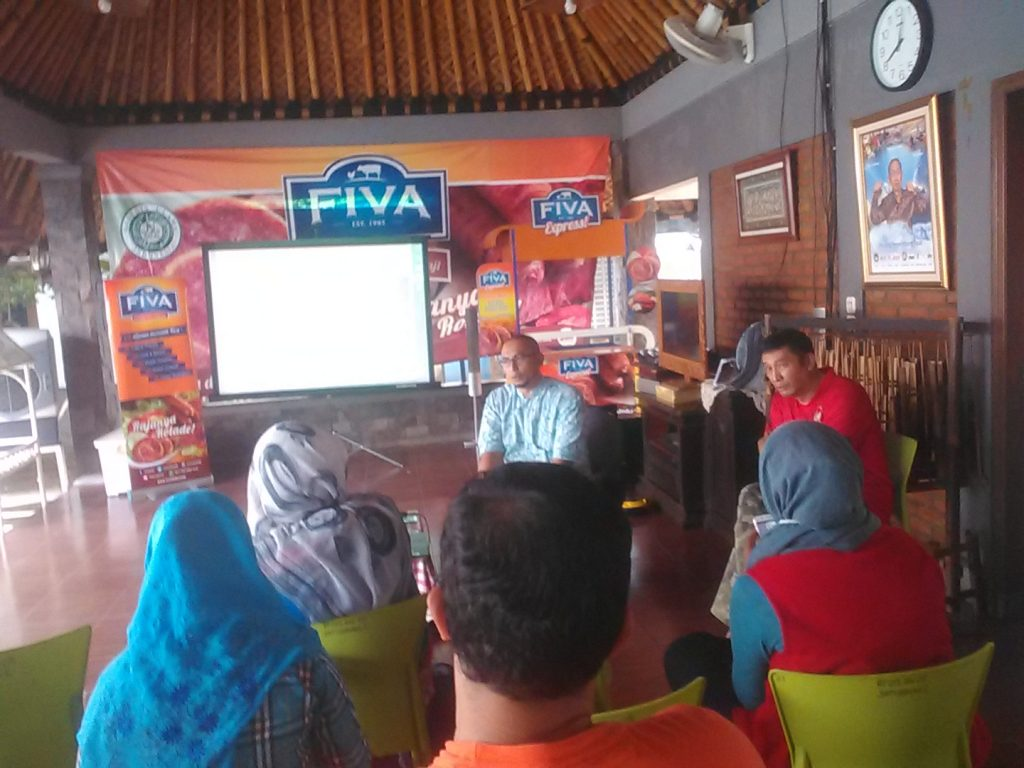 General Manager CV Fiva Food, Yosy Revalio