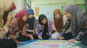 Proyek Kesehatan Gizi dan Gizi Berbasis Masyarakat untuk Mengurangai Stanting (foto : Nur Terbit / Repro dari MCA Indonesia)